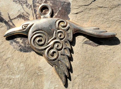 Celtic Birds Symbolism In Art: Wisdom, Memory and Ancestral